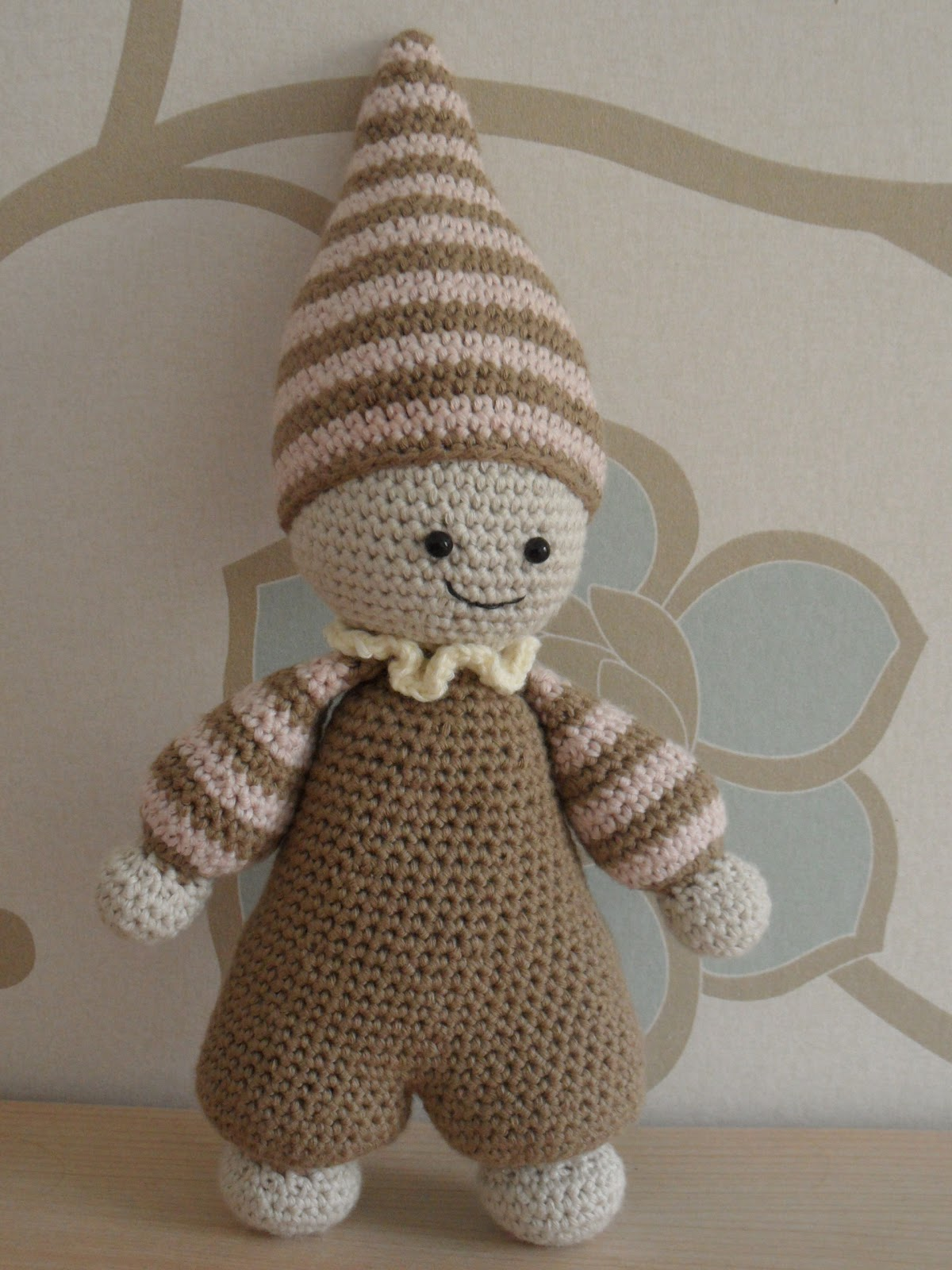 Cuddle Me Hippo | Thanks for the pattern to AmigurumiToday a… | Flickr | 1600x1200